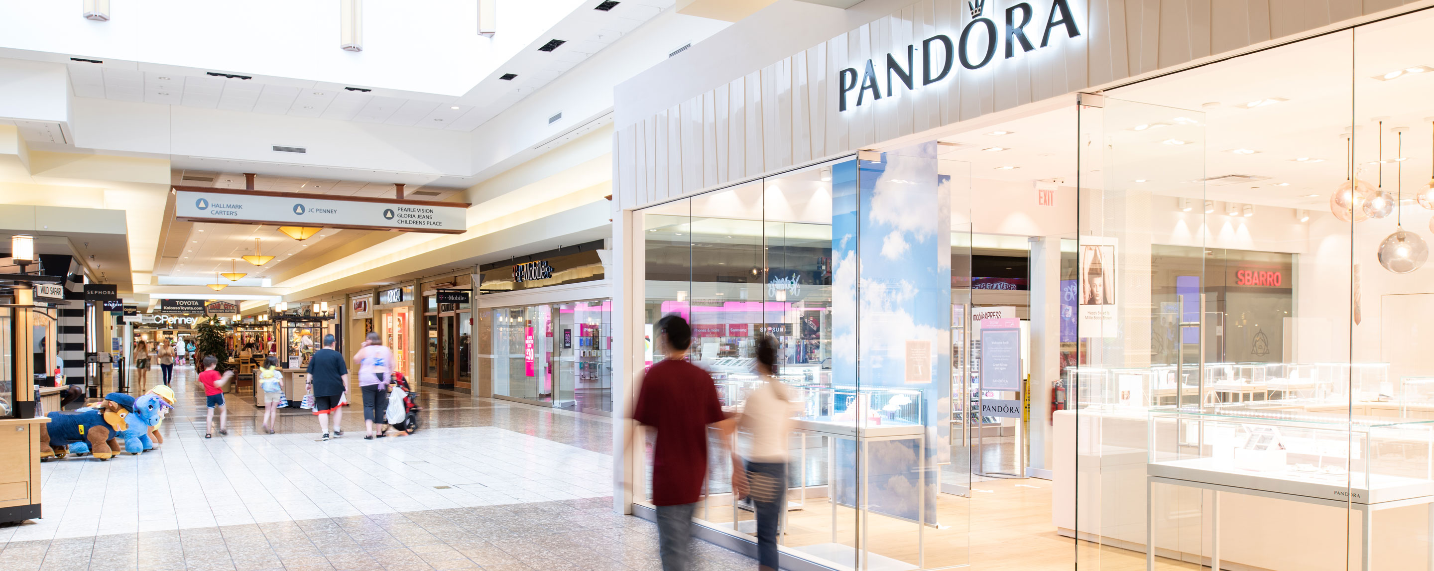 Pandora inside Fox River Mall