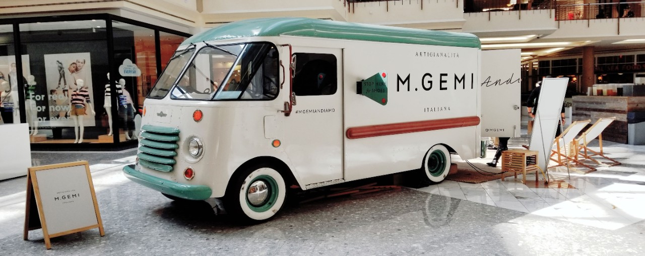 M. Gemi Pop Up Truck