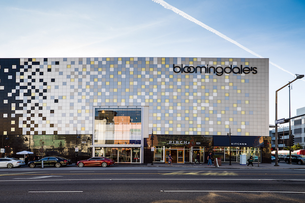 Outside view of Bloomingdale's at Glendale Galleria