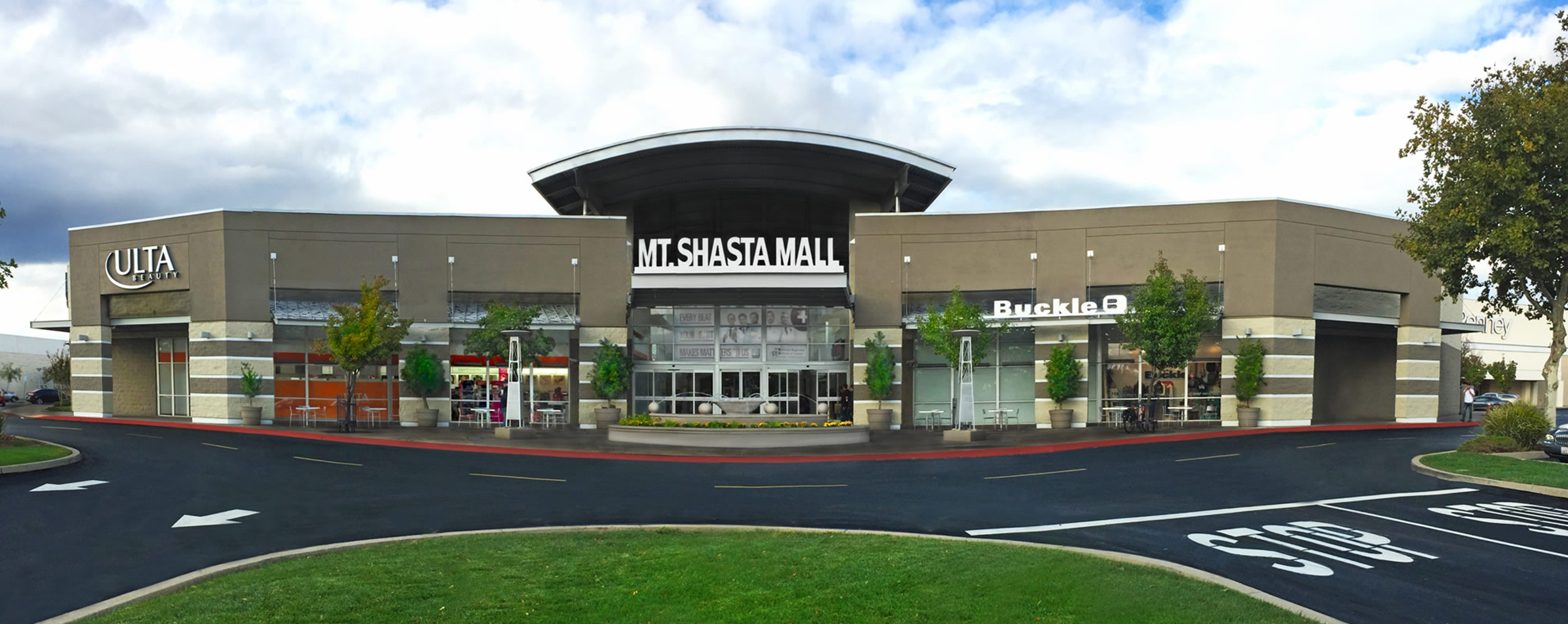 Exterior view of Mt. Shasta Mall